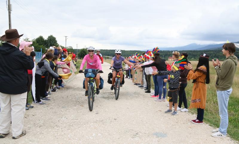 Biciclistele-in-tabara-alexandramanaila.ro